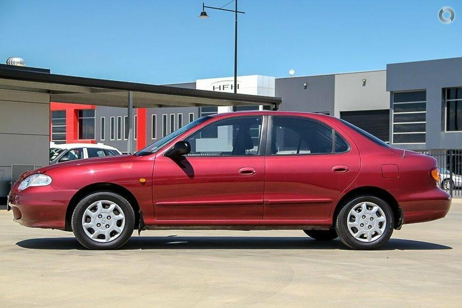 1999 Hyundai Lantra SE J2