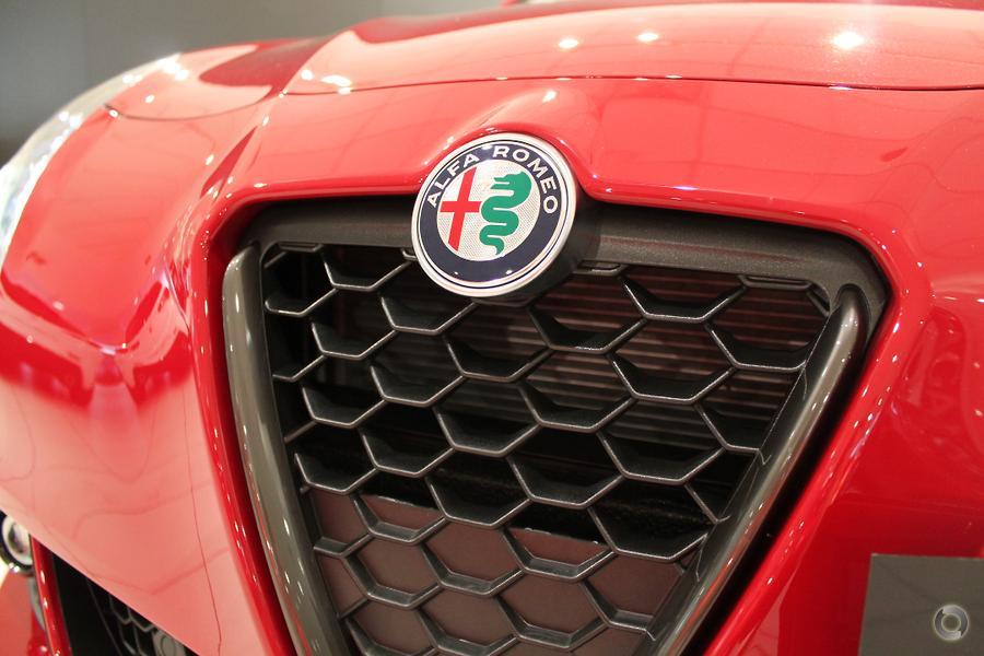 2018 Alfa Romeo Giulietta Super Series 2