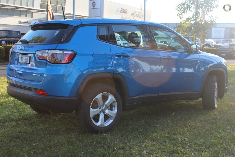 2017 Jeep Compass Sport M6