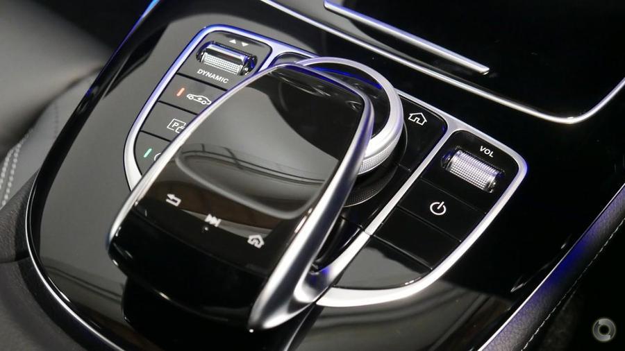 2018 Mercedes-Benz E 300 Sedan