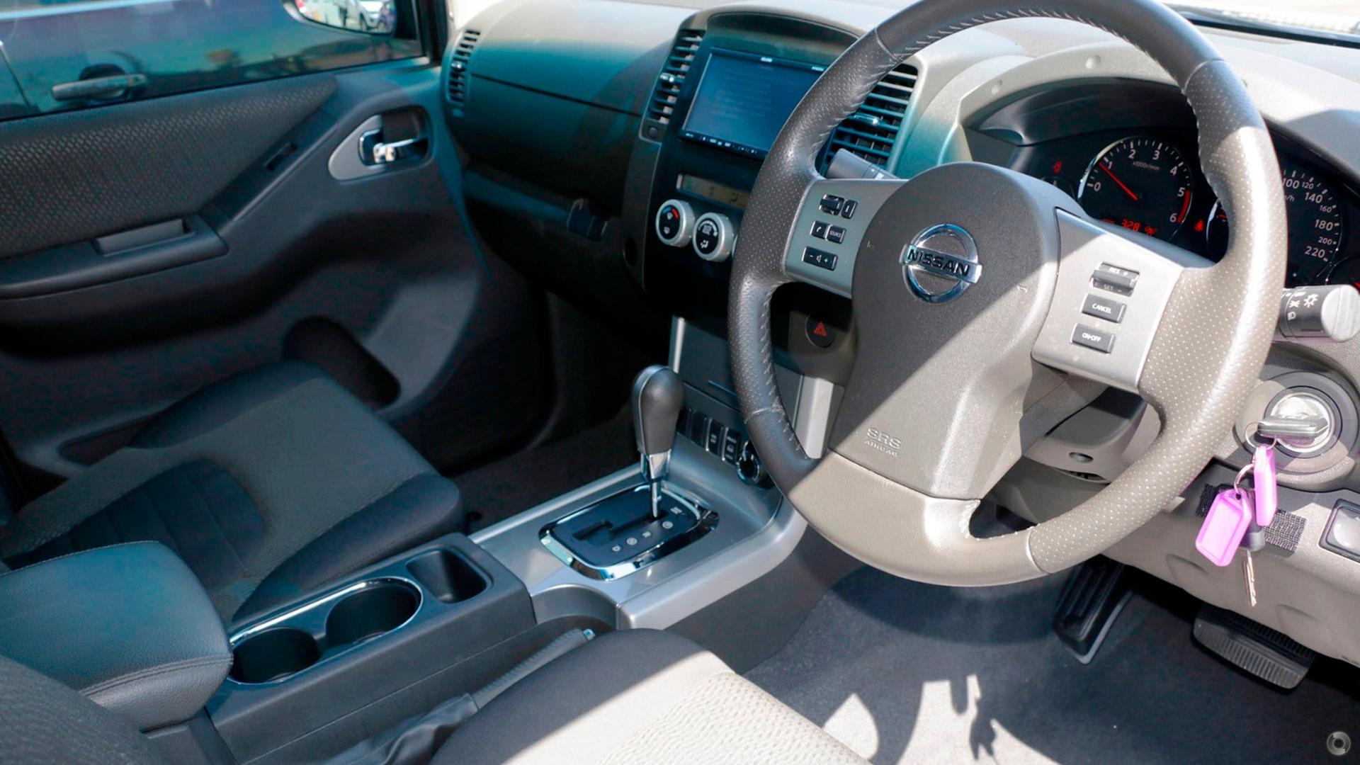 2013 Nissan Navara ST-X Blackline D40 Series 5