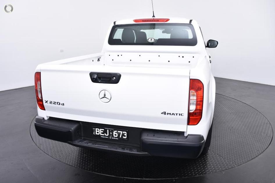 2018 Mercedes-Benz X 220 D PURE Utility