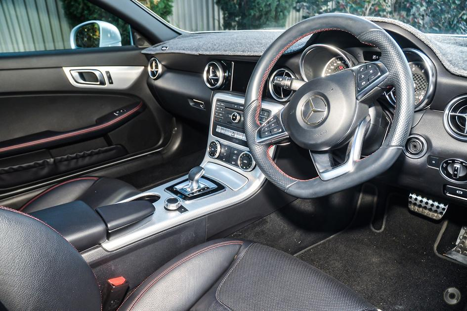 2017 Mercedes-Benz SLC 180 Roadster