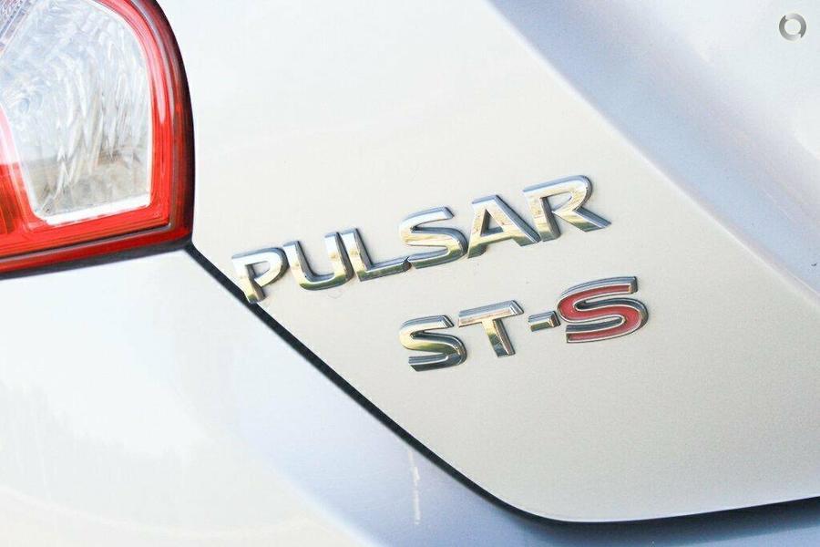 2013 Nissan Pulsar ST-S