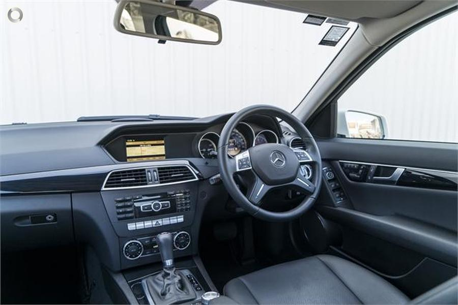 2011 Mercedes-Benz C 200 Sedan