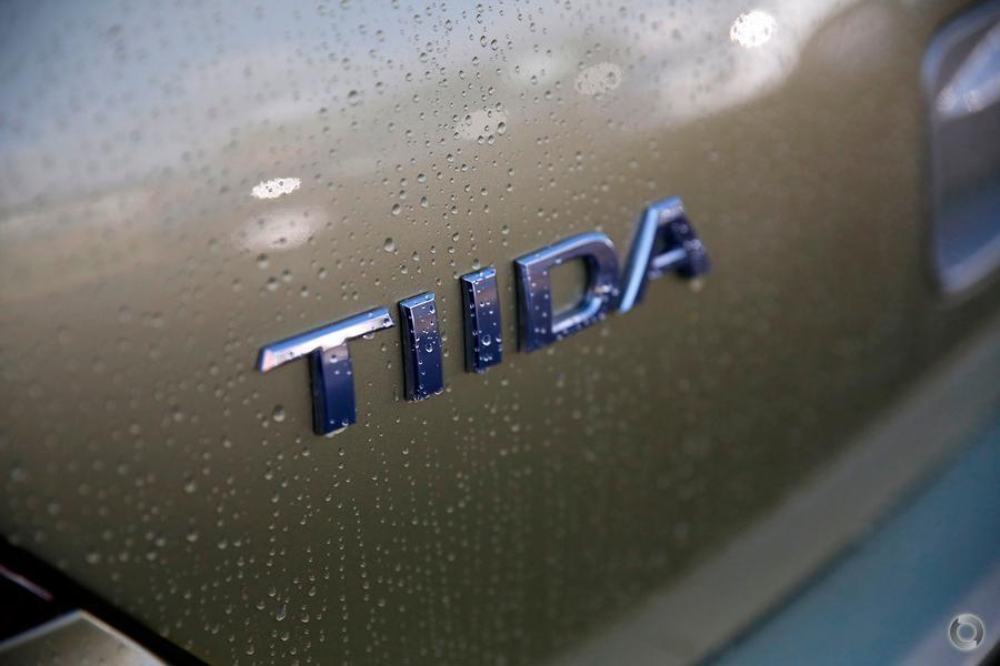 2008 Nissan Tiida ST-L C11