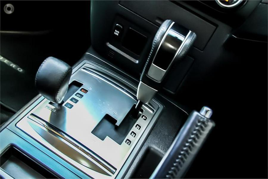 2013 Mitsubishi Pajero GLX-R NW