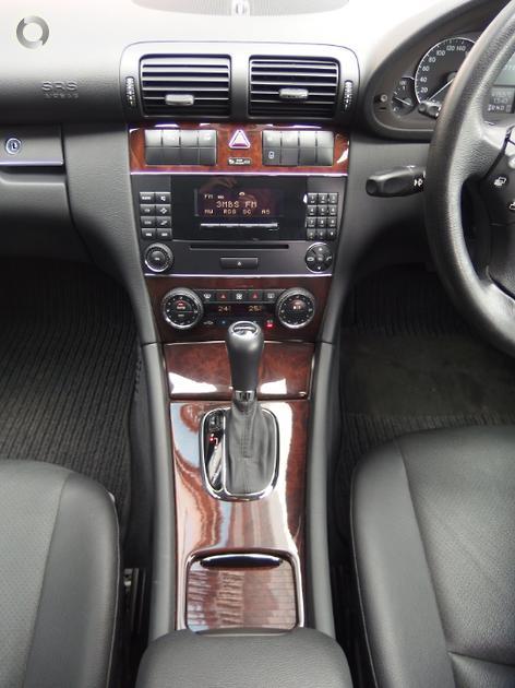 2006 Mercedes-Benz C 200 KOMPRESSOR Sedan