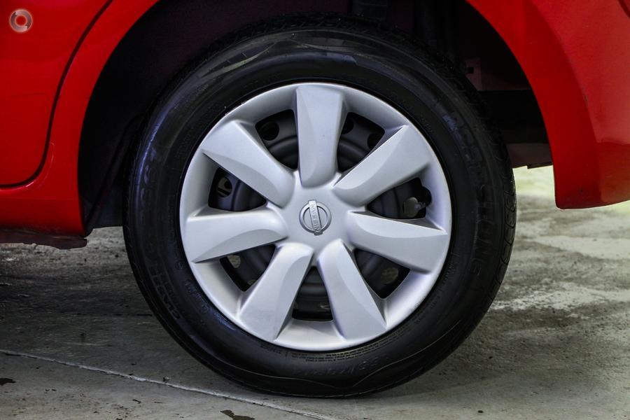 2011 Nissan Micra ST