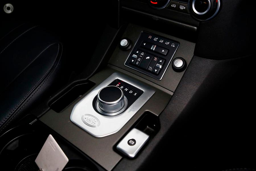 2015 Land Rover Discovery SDV6 SE Series 4