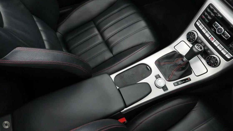 2011 Mercedes-Benz SLK 350 BLUEEFFICIENCY Roadster
