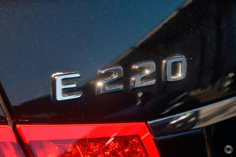 2011 Mercedes-Benz E 220 CDI Sedan