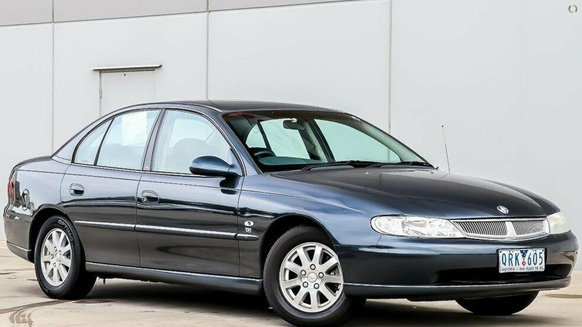 2000 Holden Berlina VX