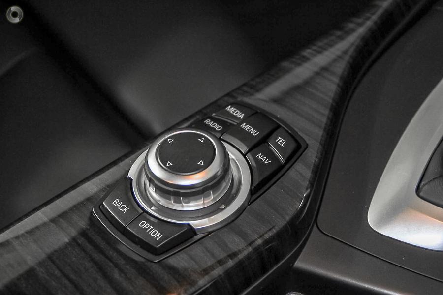 2015 BMW 220i Sport Line