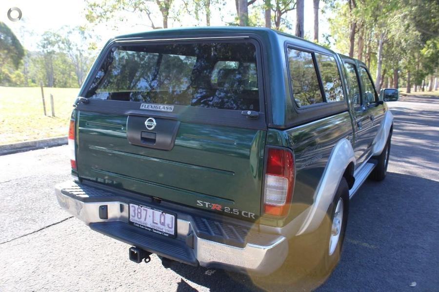 2008 Nissan Navara ST-R