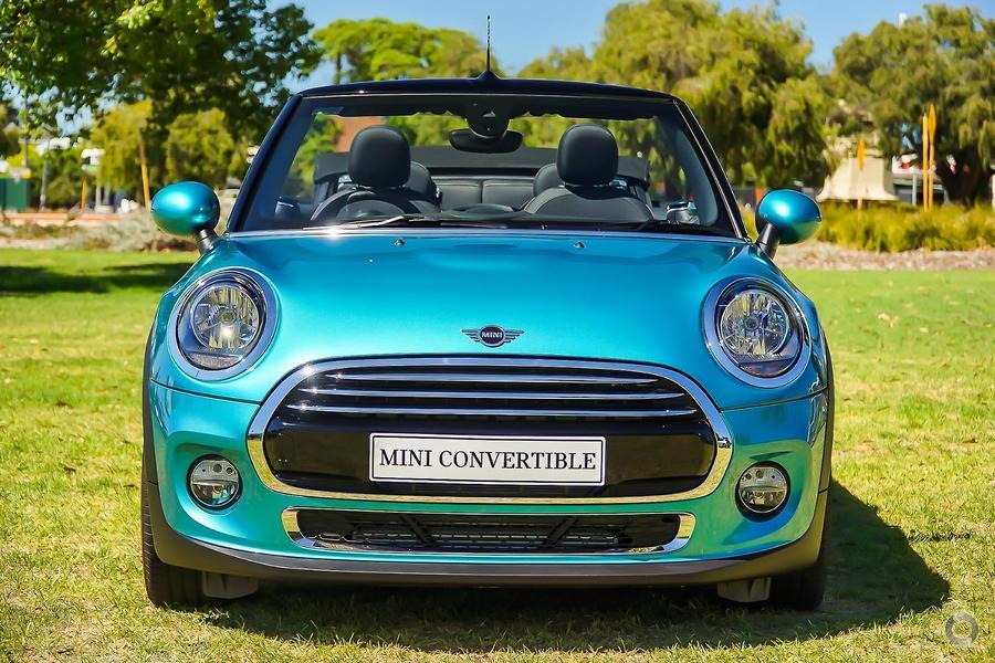 2019 MINI Convertible Cooper