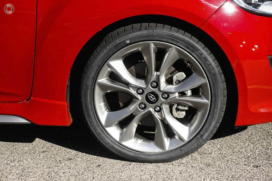 2016 Hyundai Veloster SR Turbo FS5 Series II