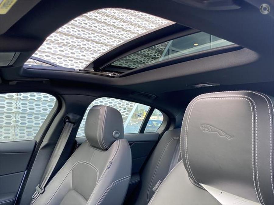 2020 Jaguar XE P300 R-Dynamic HSE X760