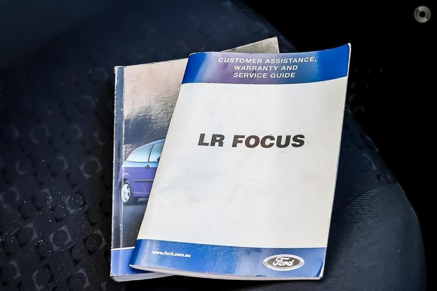2002 Ford Focus LX LR
