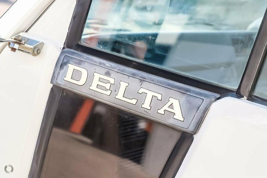 2000 Daihatsu Delta V118DNU