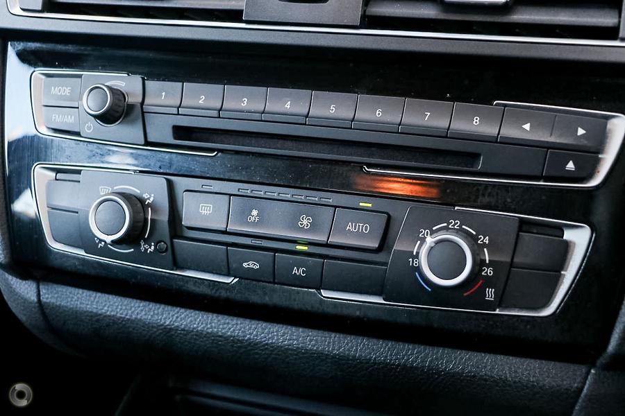 2015 BMW 1 Series 118i Sport Line