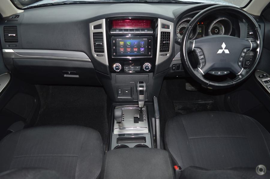 2016 Mitsubishi Pajero GLX NX