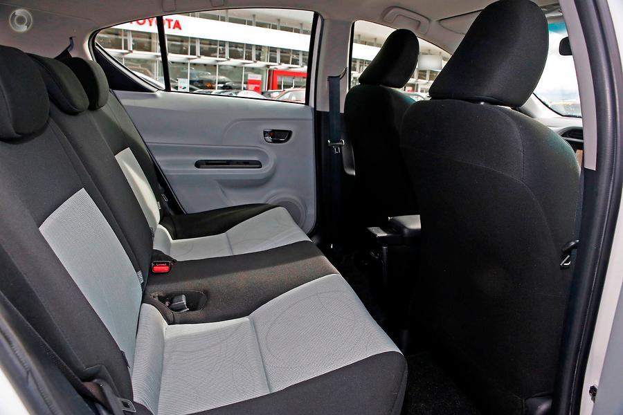 2012 Toyota Prius C  NHP10R