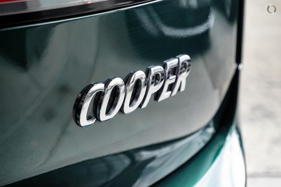 2018 MINI Clubman Cooper