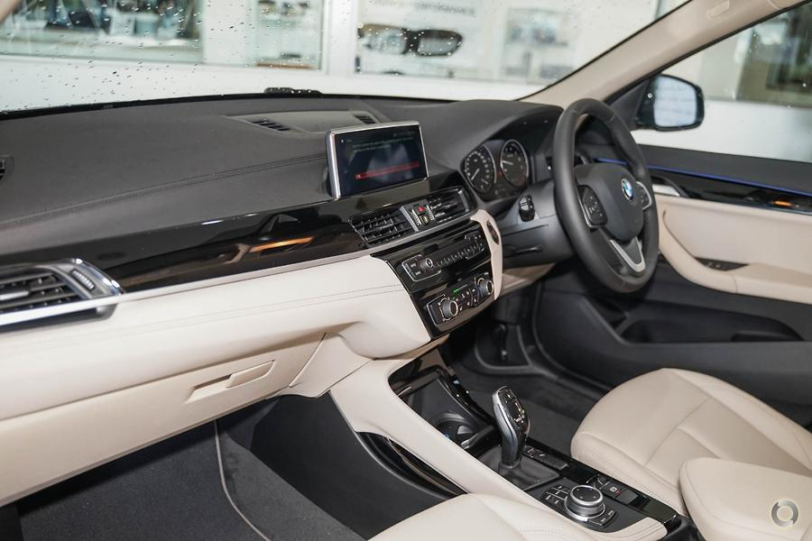 2020 BMW X1 sDrive18i