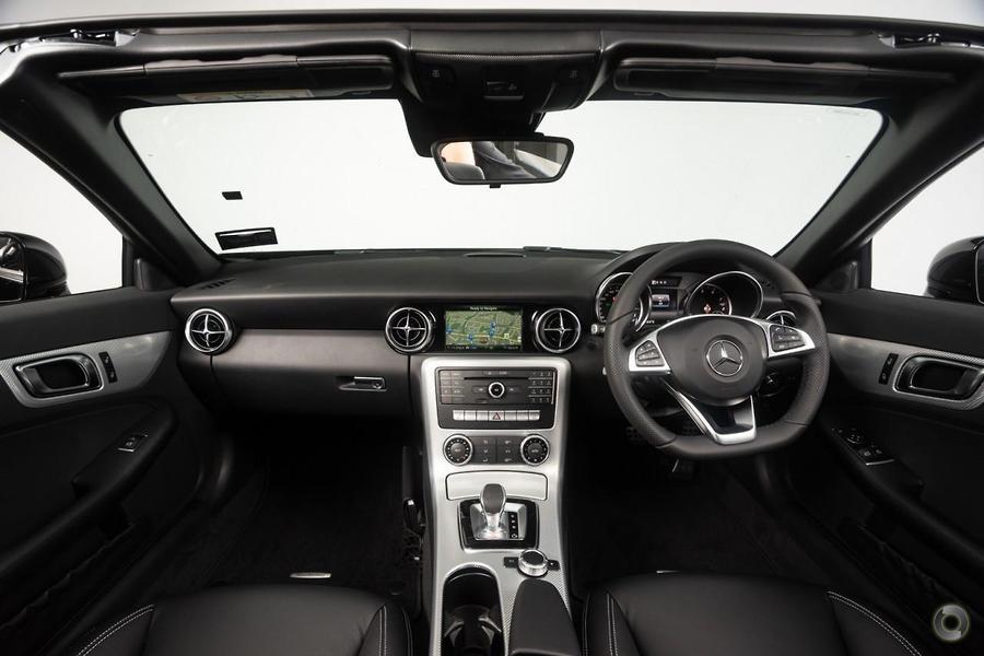 2019 Mercedes-Benz SLC 180 Roadster