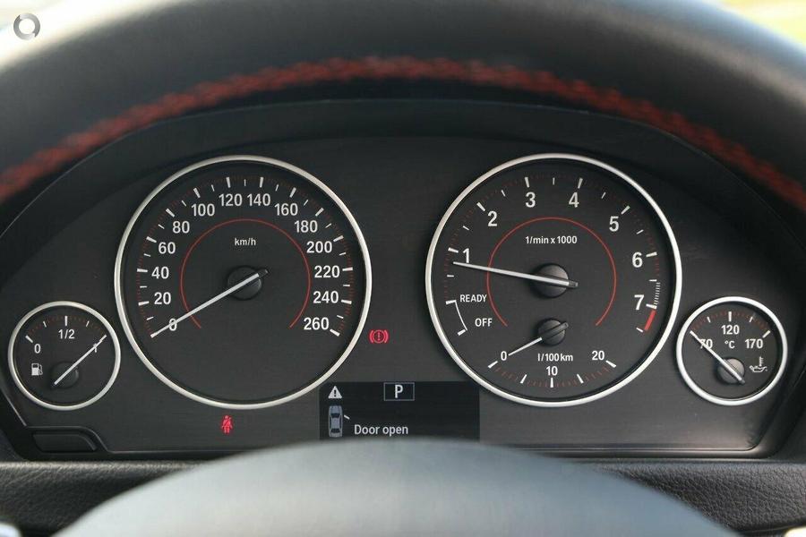 2012 BMW 320i