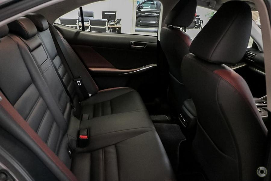 2018 Lexus Is IS300 Luxury ASE30R