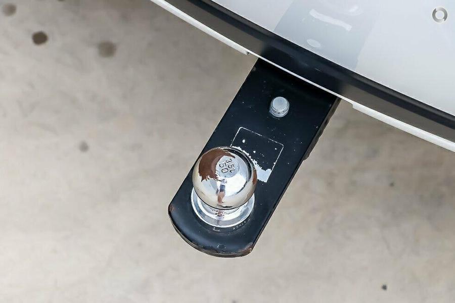 2005 Holden Commodore Lumina VZ