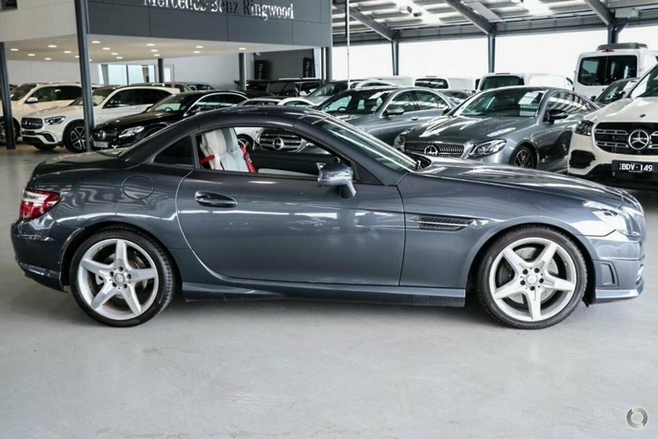 2011 Mercedes-Benz SLK 200 BLUEEFFICIENCY Roadster