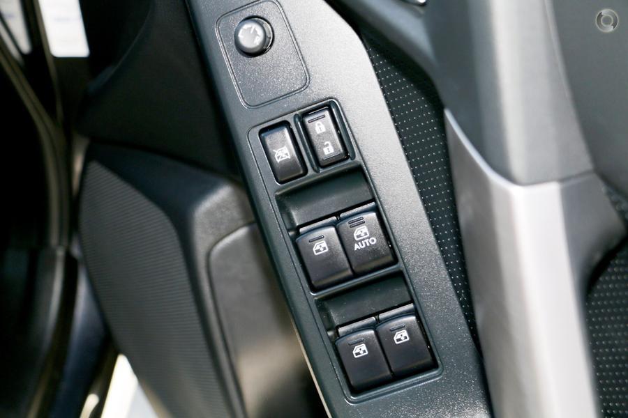 2013 Subaru Forester 2.5i-S S4