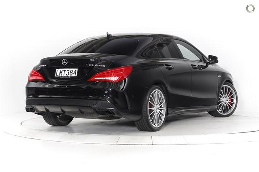 2016 Mercedes-AMG CLA 45 Coupe