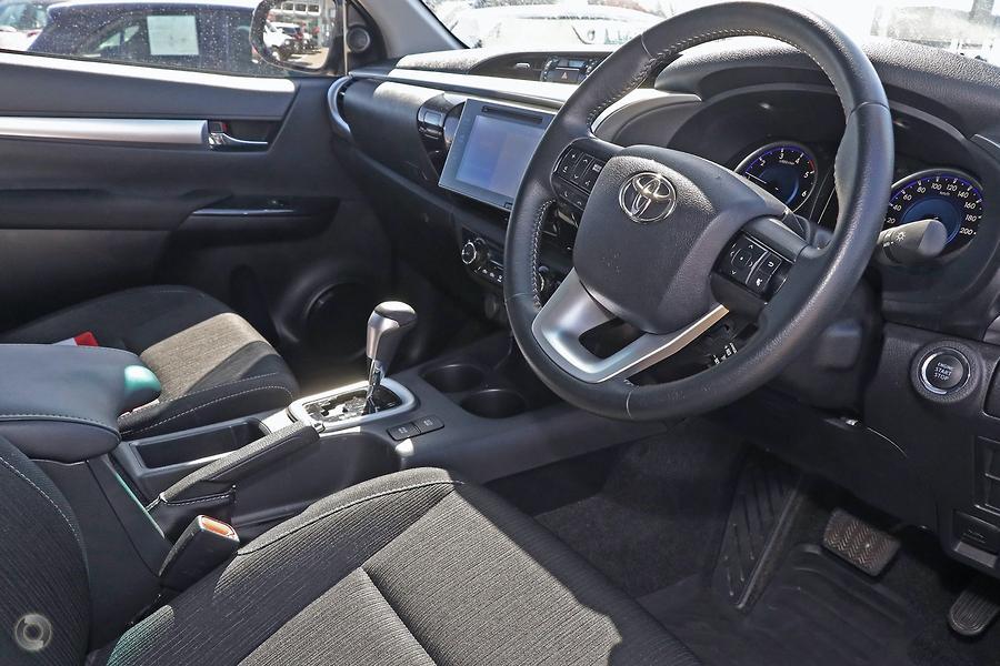 2019 Toyota Hilux SR5 GUN126R