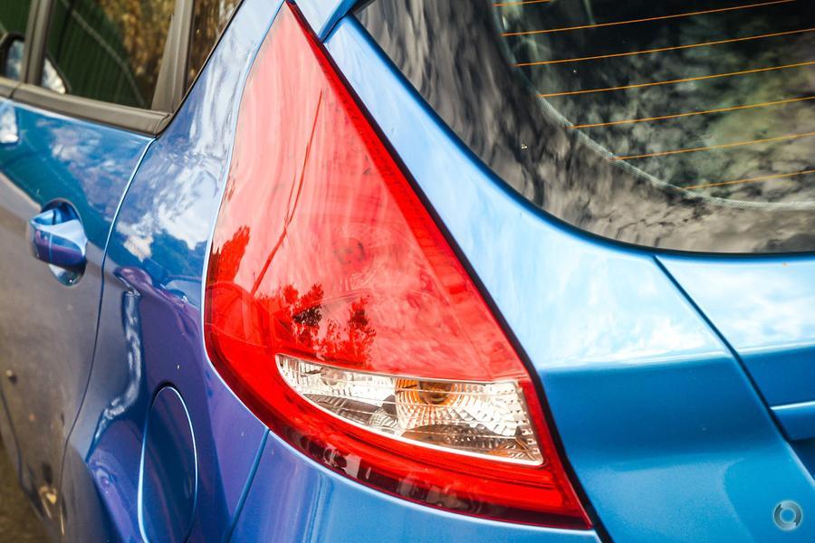 2010 Ford Fiesta LX WS