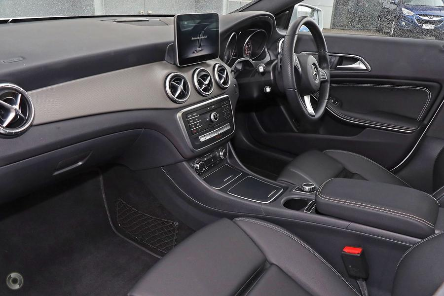 2018 Mercedes-Benz CLA180  C117