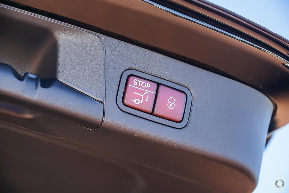2019 Mercedes-Benz B 180 Hatch