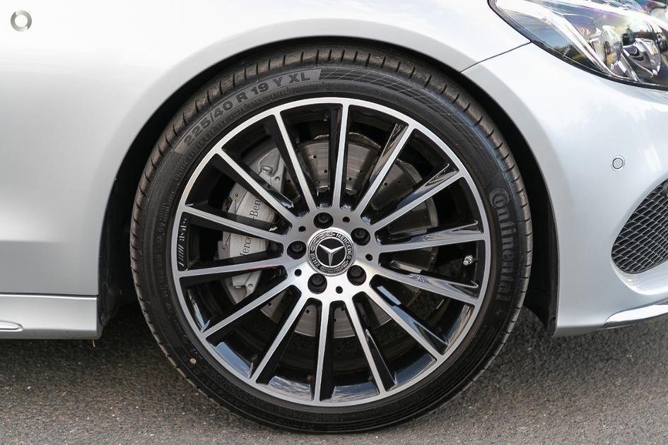 2018 Mercedes-Benz C 300 Estate