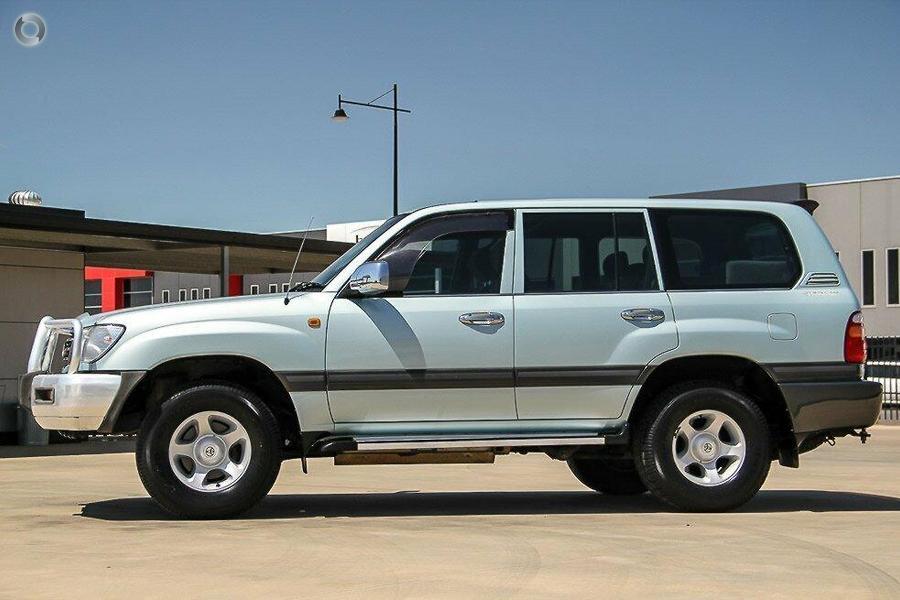 2001 Toyota Landcruiser 50th Anniversary GXL FZJ105R