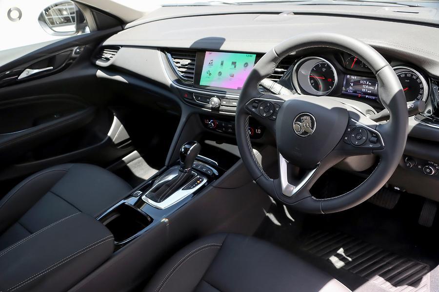 2018 Holden Calais  ZB