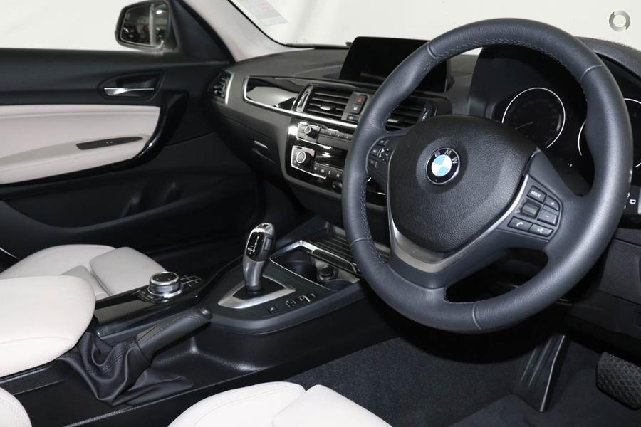 2018 BMW 120i Urban Line