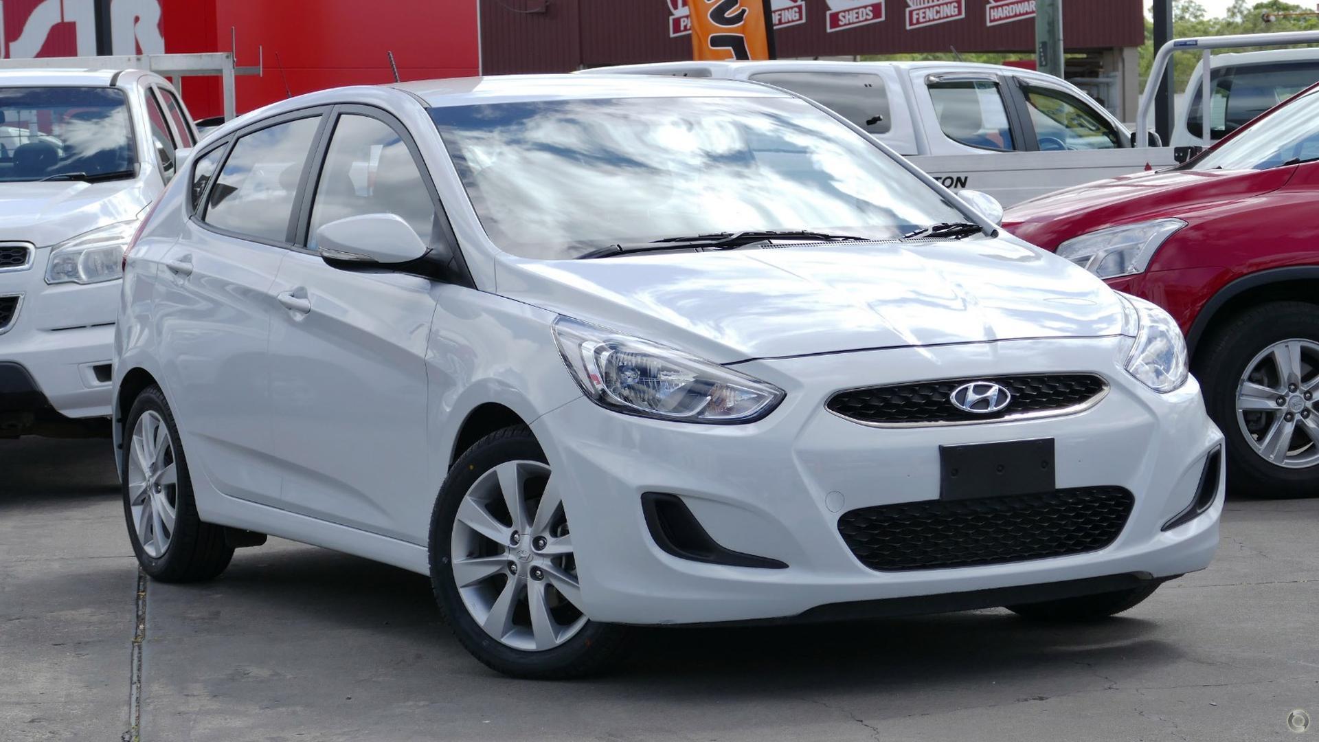 2017 Hyundai Accent RB5