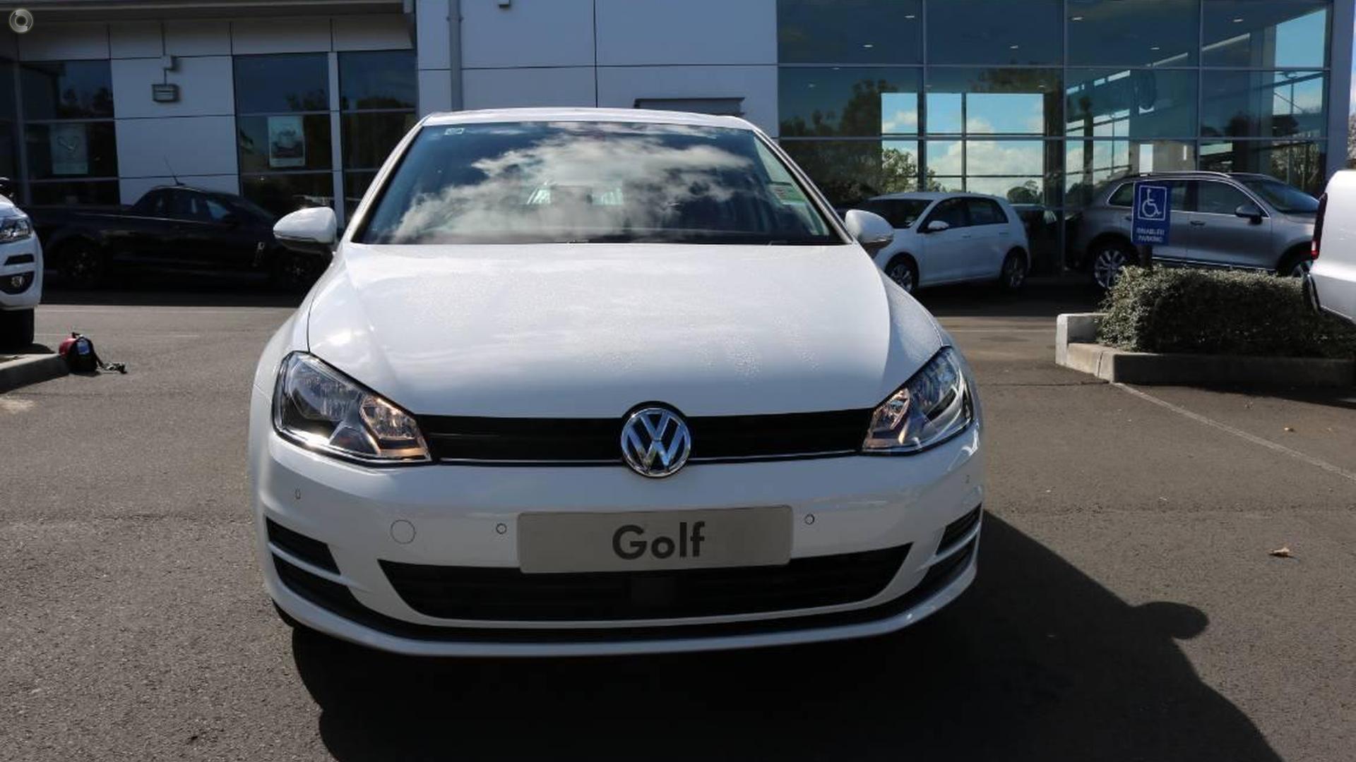 2017 Volkswagen Golf 92TSI Trendline 7