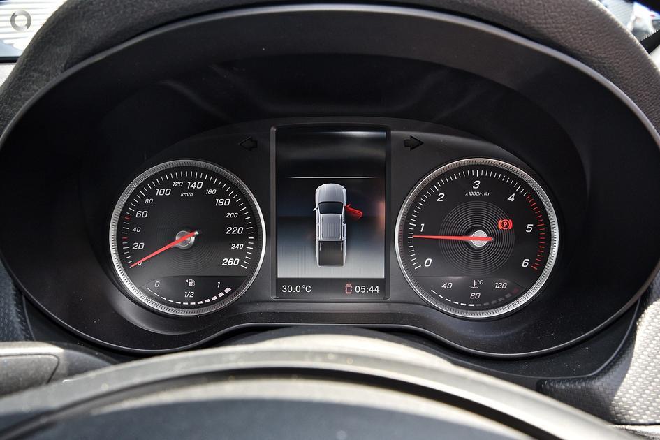 2019 Mercedes-Benz X 220 D PURE Utility