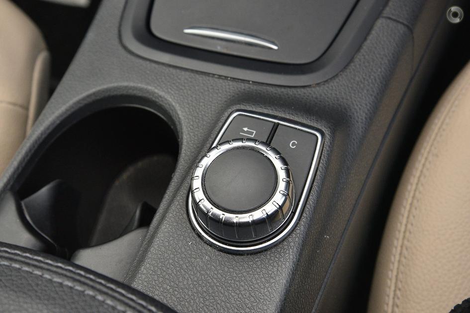 2012 Mercedes-Benz B 200 Hatch