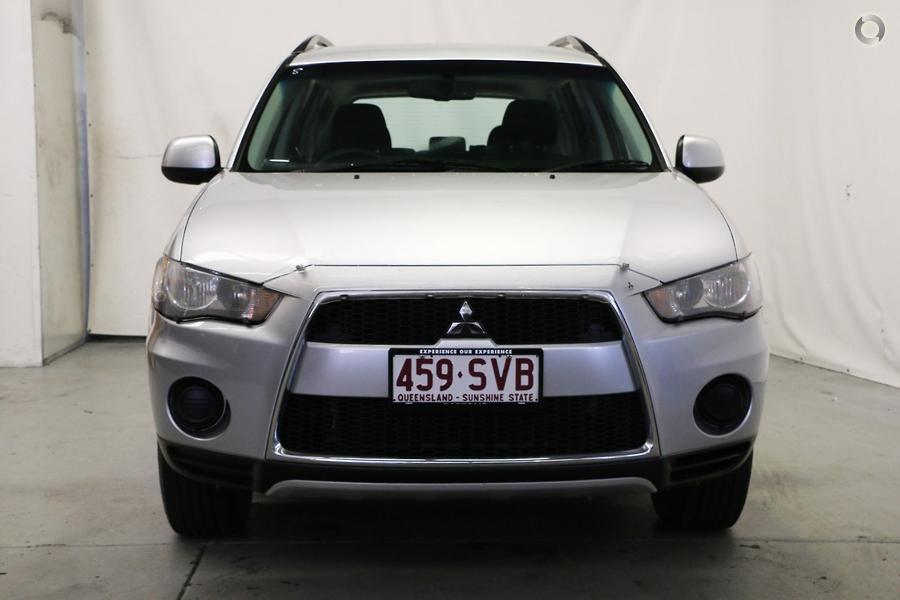2011 Mitsubishi Outlander LS ZH