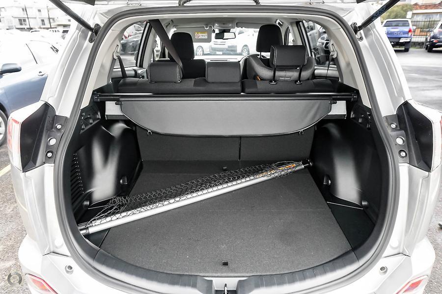 2018 Toyota RAV4 GXL ASA44R